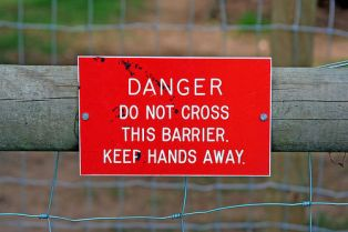 Danger-sign-keep-away